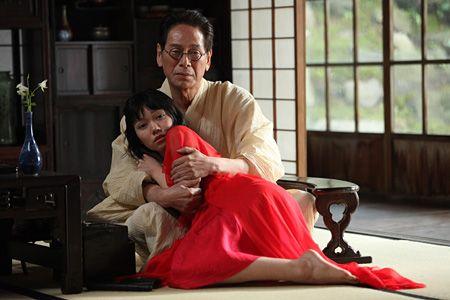 二階堂ふみが金魚に変身、石井岳龍×室生犀星の映画『蜜のあわれ』