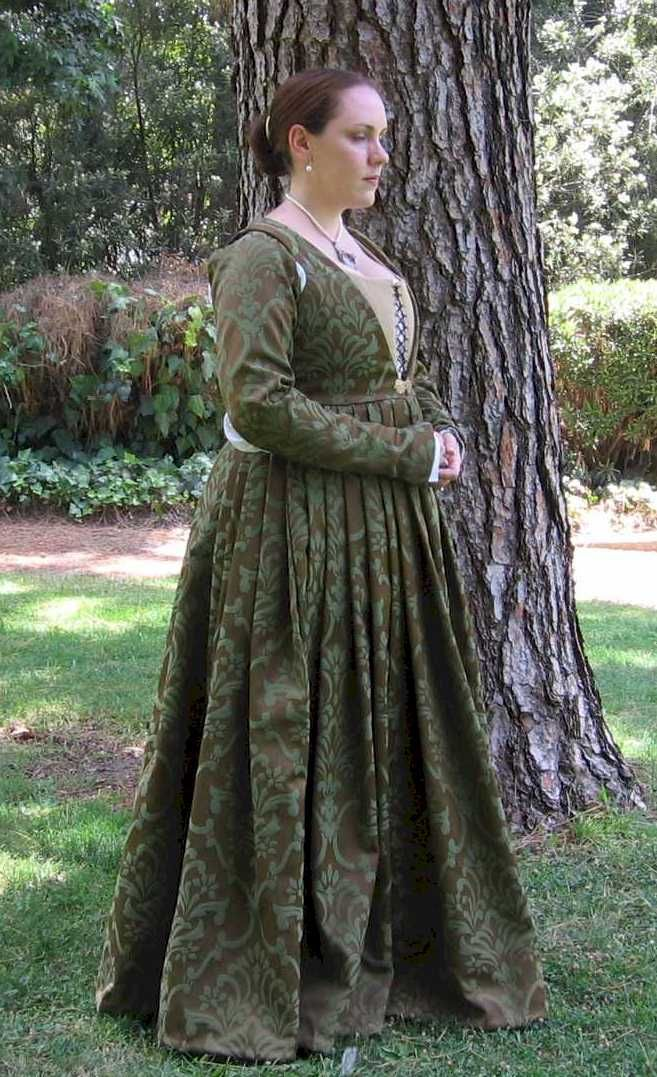 nike applications online Donna Caterucia Bice da Ghiacceto (reproduction). This is just spot-on the style of dress I want. | Renaissance Faire/Steampunk |  | Renaissance Gown,…