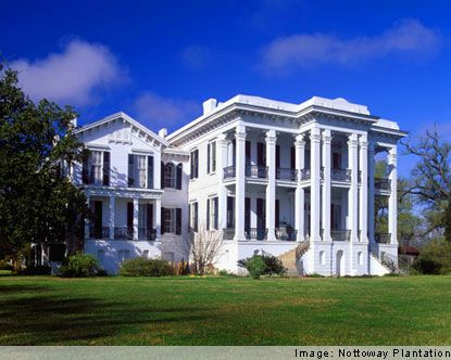 """This plantation insired """"Gone with the Wind""""  Nottoway Plantation in Baton Rouge, LA"""