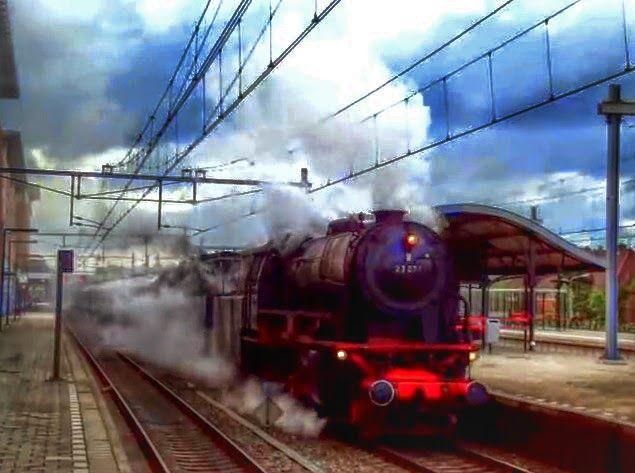 Train at station Hilversum