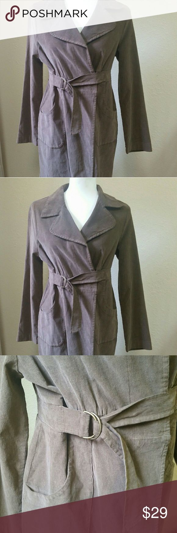 Japanese Weekend Maternity Jacket Size Medium NWT Above knee length jacket buy Japanese weekend with adjustable belt perfect for fall. Size medium fits size 8 dress size.  Micro corduroy.  Color:  Rootbeer Japanese Weekend Jackets & Coats Trench Coats