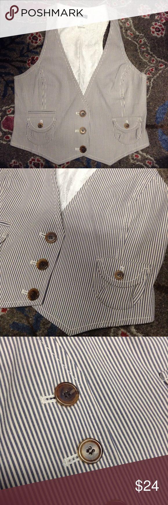 J CREW seersucker vest S Seersucker stripe vest, from J. Crew. 100% cotton. Size S. Like-new condition! J. Crew Other