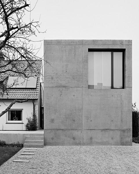 Simple concrete house with window by Matthias Schmalor. Nice.Concrete House