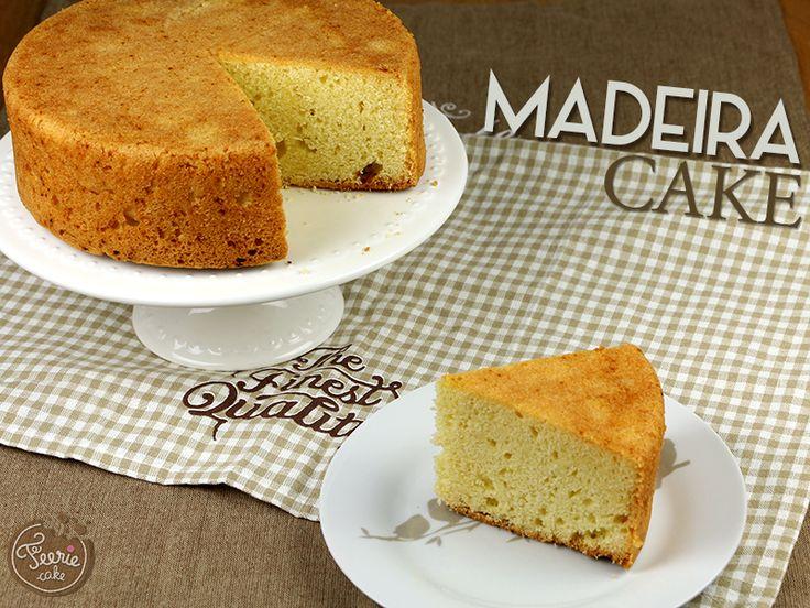 Le Madeira cake, contrairement à ce que son nom pourrait laisser penser, nous vient d'Angleterre. Il doit son nom au vin de Madère, qui lui vient bien de l'île portugaise, qui était généralement servi avec. De nos jours, on le déguste plus souvent avec une tasse de thé. Véritable basique dans le monde du cake design, le Madeira cake est proche du quatre-quart. Très simple à réaliser, il peut également se parfumer à votre guise (vanille, chocolat, citron, amande,…) et...Lire la suite