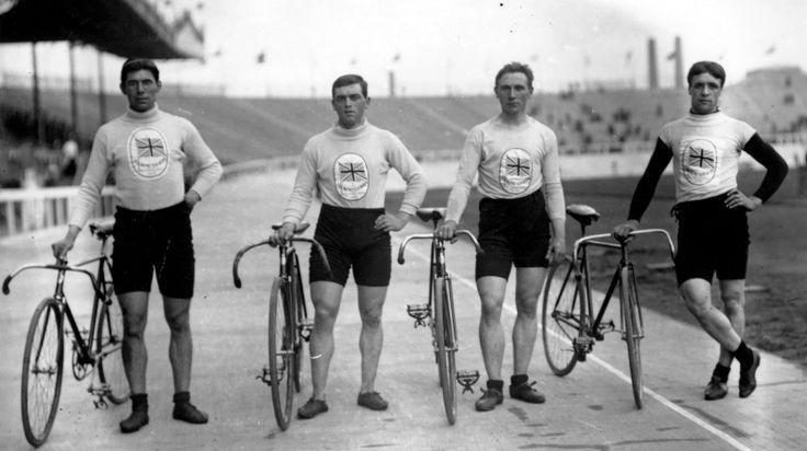 cyclists - london 1908