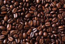 13 neobvyklých způsobů, jak využít kávu a kávovou sedlinu