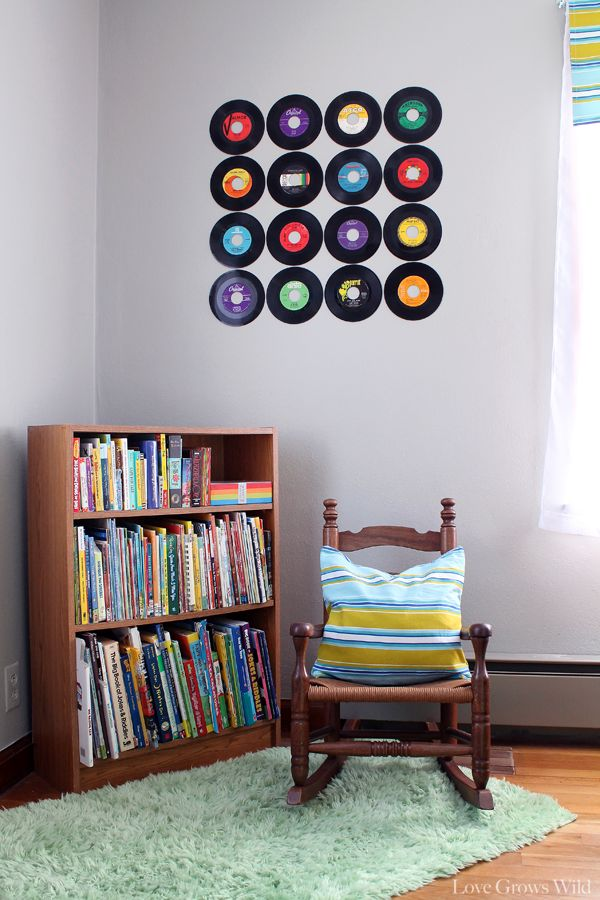 How to Create a Record Wall...now I know what to do with the 45s I discovered in the move!