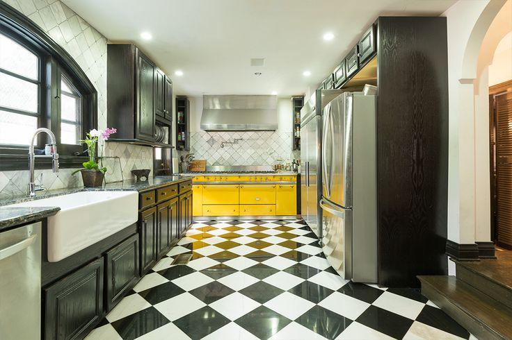 Lacanche Range in Chef Keli's California Home | Variety Magazine