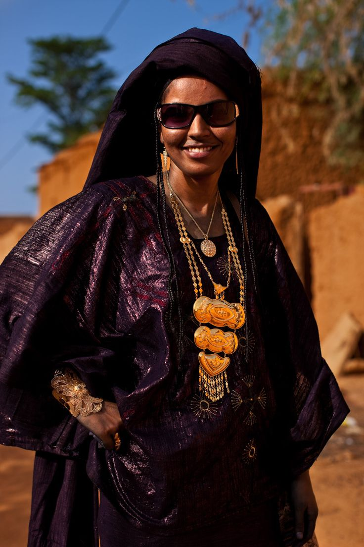 Tuaregs in their desert environment,Timbuktu, Mali Tuareg