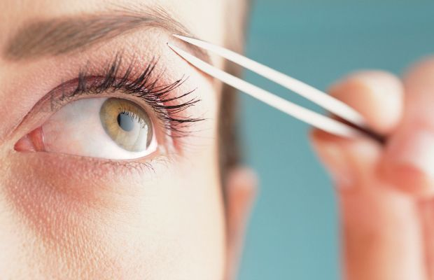 8 Major Mistakes You're Making With Your Eyebrows