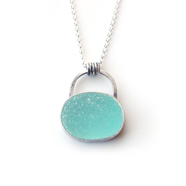 Sea glass pendant by Tania Covo
