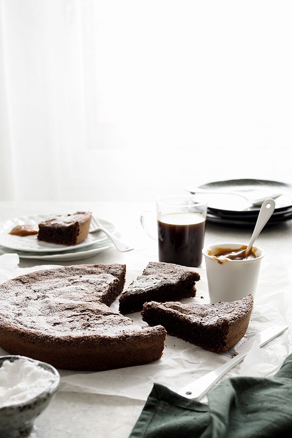 LE GÂTEAU AU CHOCOLAT BELLEVUE - Mes 100 recettes au chocolat, Christophe Felder