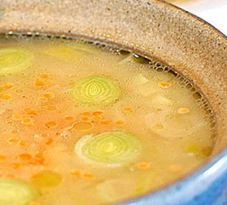 Sopa Rica em Aroma com Lentilha Vermelha - http://www.receitasja.com/sopa-rica-em-aroma-com-lentilha-vermelha/
