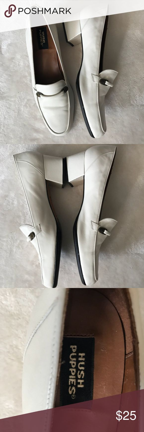 Hush Puppies Vintage White Loafers Rockabilly 9N Very good condition for vintage. Writing on bottom but other than that great condition. Rockabilly. Retro. Size 9 narrow. Hush Puppies Shoes Flats & Loafers