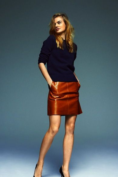 How to wear a brown leather skirt.