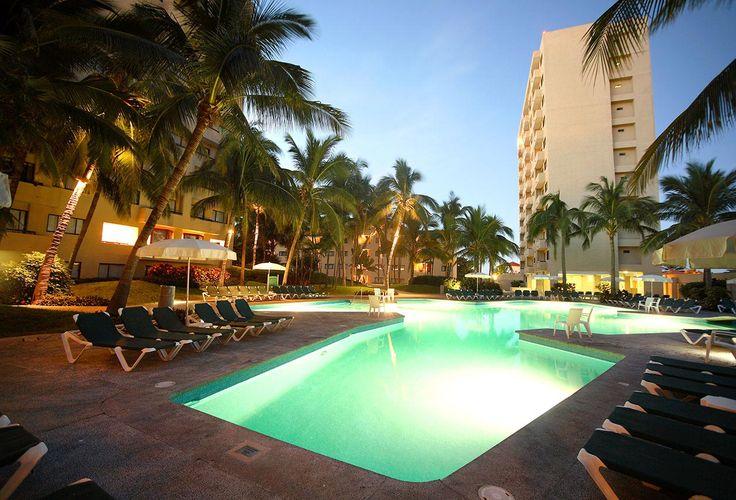Mazatlan en resorts suites a precios a partir de los 4mil pesos de acuerdo a tus medidas. Preguntame
