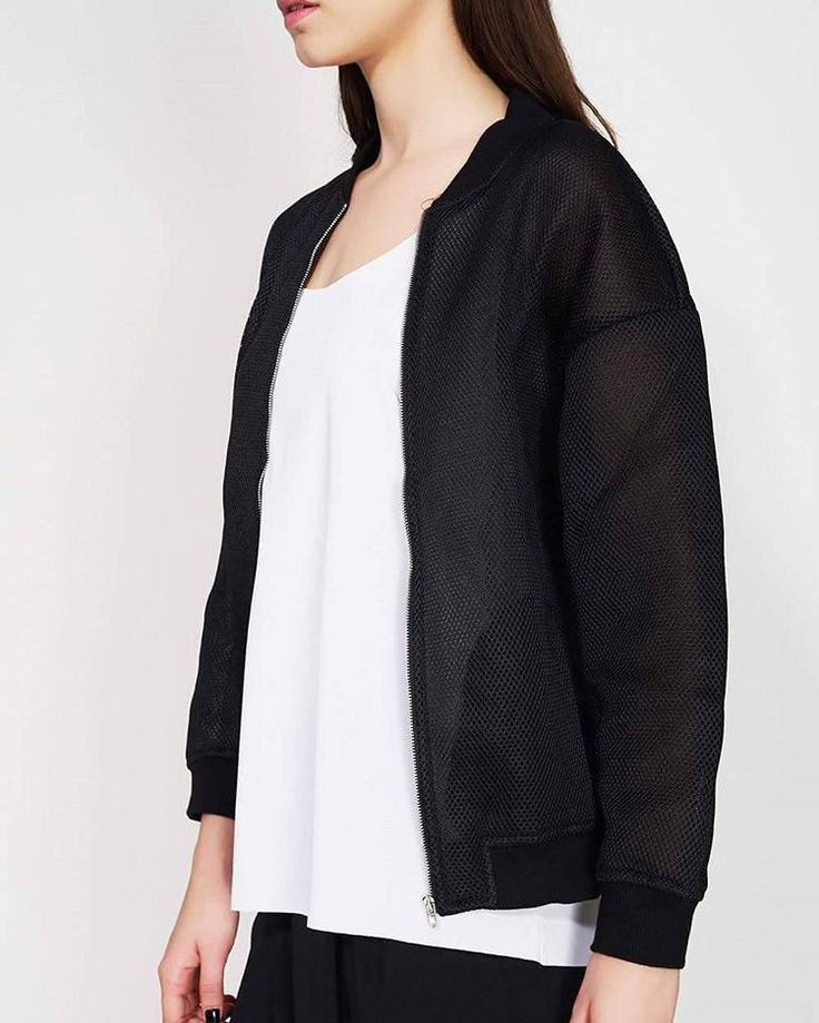 Classic with a Parisienne twist! Shop link in bio. #ozonboutique #ozonstyle #sixthjune #shop #sale #jacket #black
