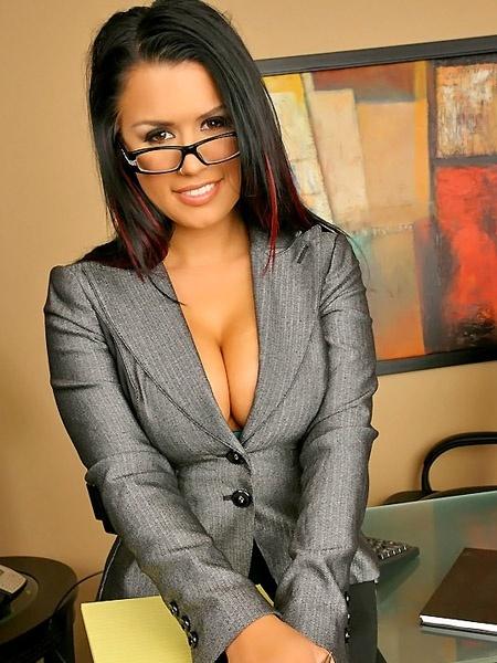 ева ангелина в офисе онлайн