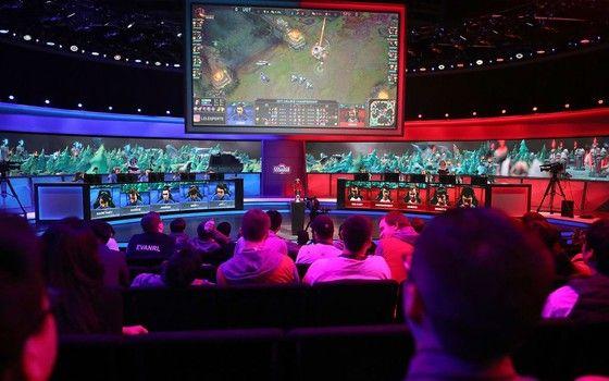 A abertura do Campeonato Universitário de League of Legends de 2017, em Santa Mônica, na Califórnia (Foto: Getty Images)
