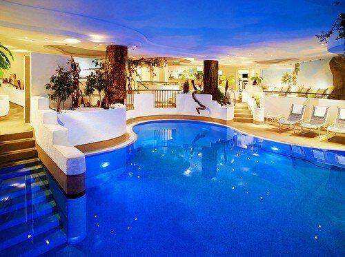 12 best basement pool images on pinterest pools for Villa italia modelos
