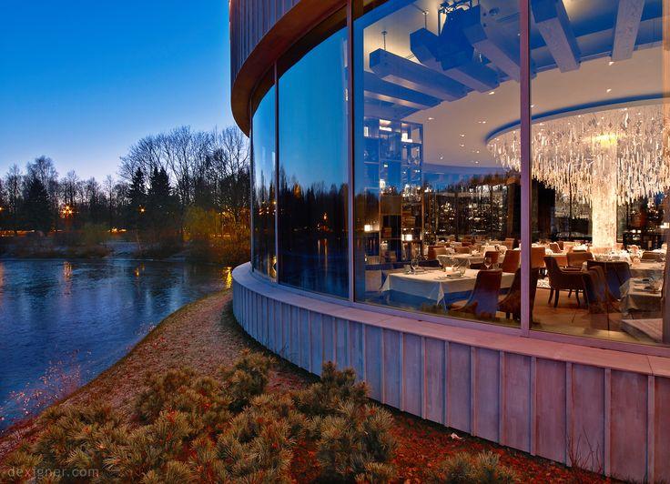 Il Lago dei Cigni by The Gallery HBA 11