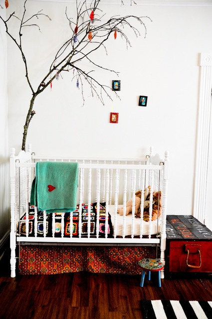 Such a pretty nursery: Crochet Blankets, Nurseries, Kidroom, Trees Branches, Bedrooms Kids, Granny Squares, Victorian Bedrooms, Baby Rooms, Kids Rooms