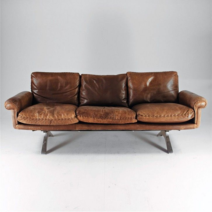Anonymous; #DS31 Chromed Aluminum and Leather Sofa by De Sede, 1973.