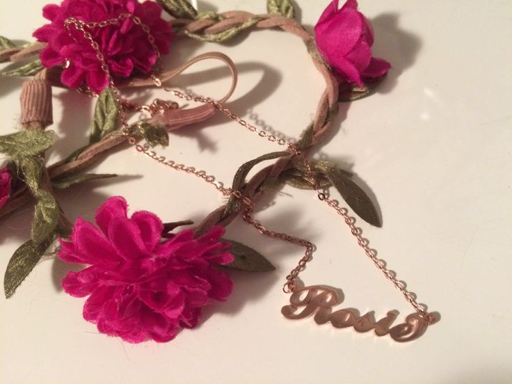 Rose Gold Julia style name necklace in name Rosie
