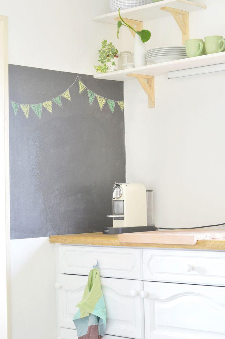 Hervorragend Wand Mit Tafelfarbe Streichen   Ganz Einfach Und Günstig. Ich Zeige Euch,  Wie Ich Eine Wand In Unserer Küche In Eine Tafel Verwandelt Habe.