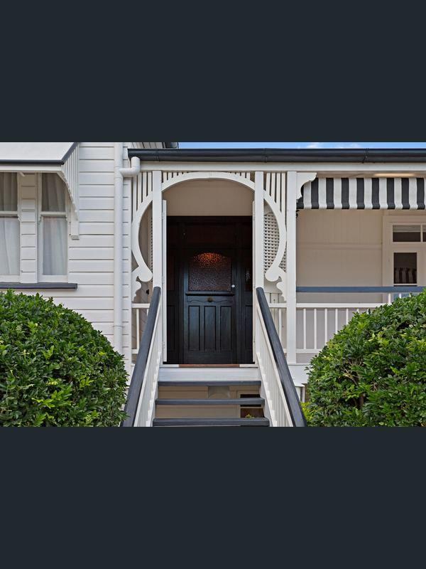 6 Bertha Street, Wooloowin, Qld 4030 - Property Details