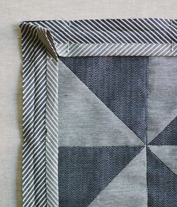 136 best Bias Tape tutorials images on Pinterest | Tutorials ... : binding a quilt with bias tape - Adamdwight.com