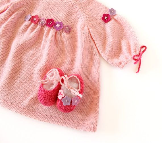 knitted pink baby dress shoes for a baby girl with by tenderblue