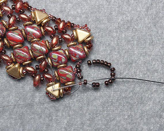 Retro Art Deco Cuff Bracelet Tutorial Silky by DesertStarCreations kheops & silkys