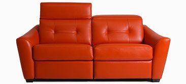 Découvrez notre vaste choix de sofas, causeuses, fauteuils inclinables, fauteuils d'appoint, ensembles sectionnels, fauteuils cinéma maison, poufs, sofas-lits et lits rembourrés.