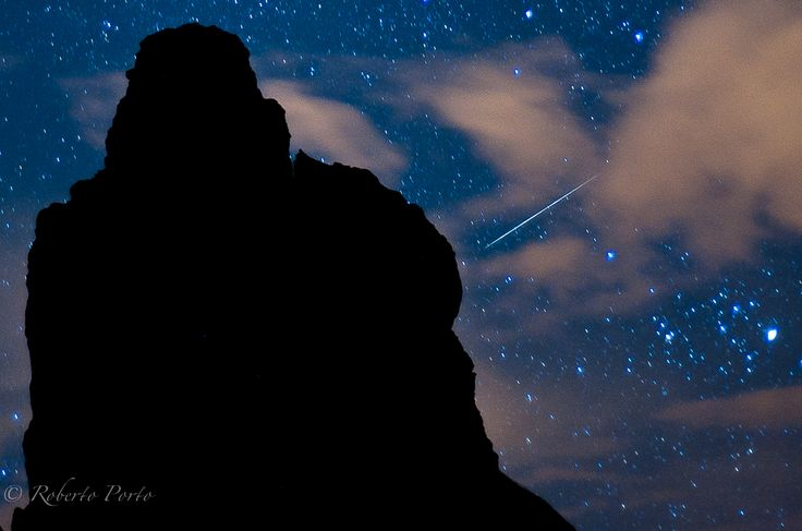 2012 Quadrantid Meteor Shower: Roberto Porto - Amateur photographer Roberto Porto snapped this photo of a Quadrantid meteor streaking over the volcanic island ofTenerife in Spain's Canary Islands on Jan. 4, 2012 during the meteor shower's peak.