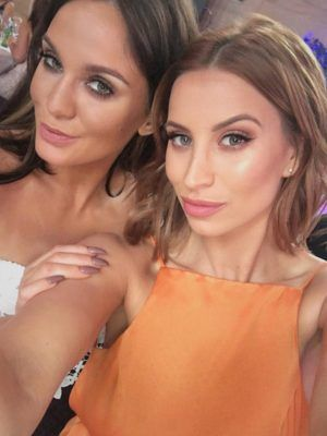 Pregnant Ferne McCann emotionally reunites with Vicky Pattison at first red carpet appearance since ex-boyfriend's arrest