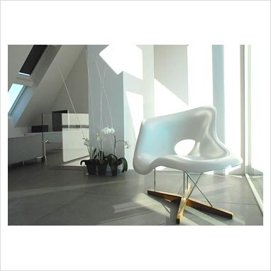 GAP Interiors - Eames chair in modern minimal living room - Picture library specialising in Interiors, Lifestyle & Homes