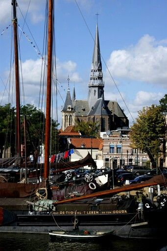 Museum haven met Gouwe kerk