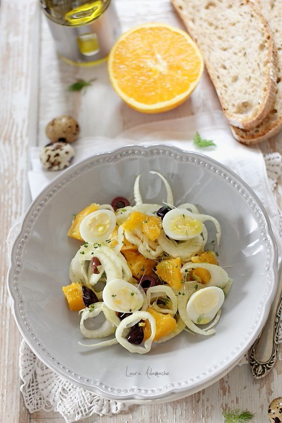 Salata de fenicul si portocale - retete culinare salata. Salata de fenicul reteta. Reteta salata. Mod de preparare si ingrediente salata de fenicul si portocale.