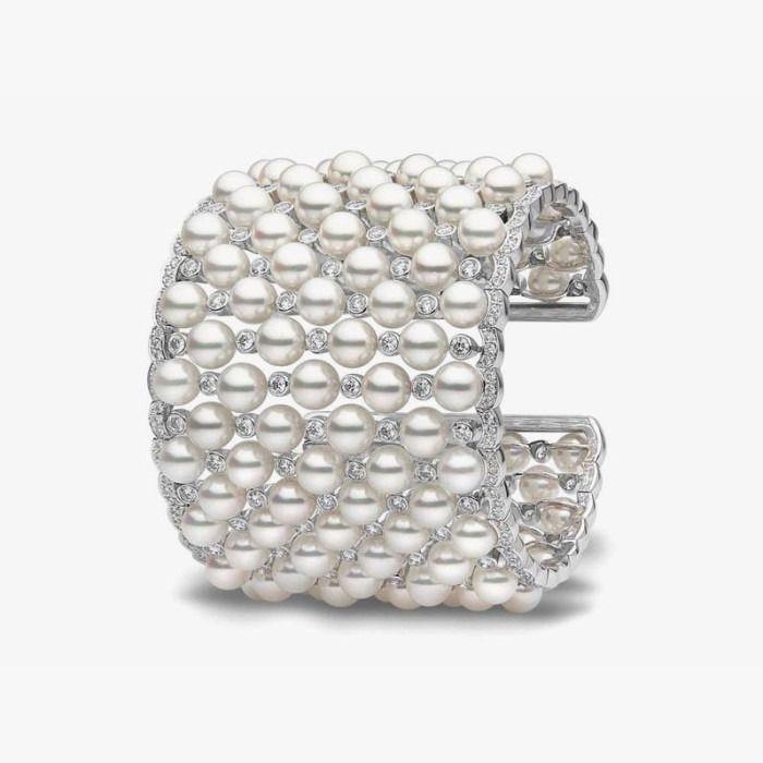 Жемчужно-бриллиантовый браслет от Yoko London
