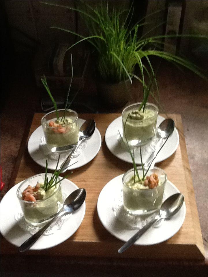 Broccoliemouse met garnalen