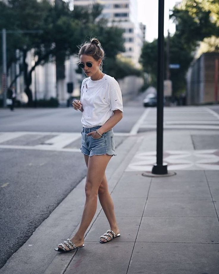 Jeans Shorts & Tshirt