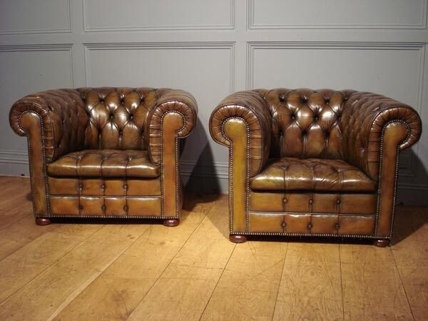 not sure I have seen 2 better examples of #chesterfield #clubchairs these early 20th Century pieces are stunning