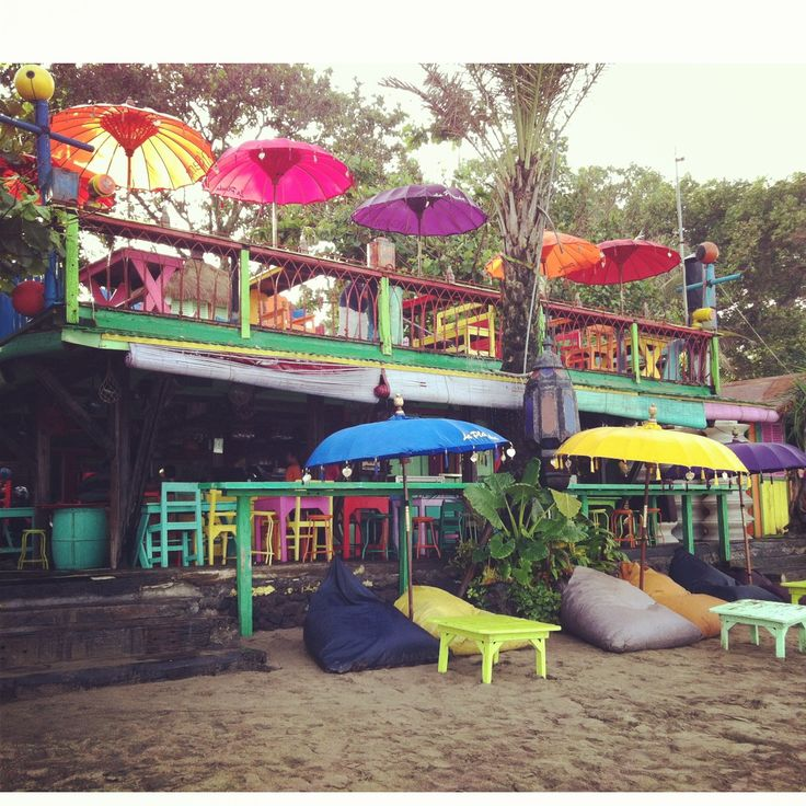 La Plancha Beach Cafe' in Bali