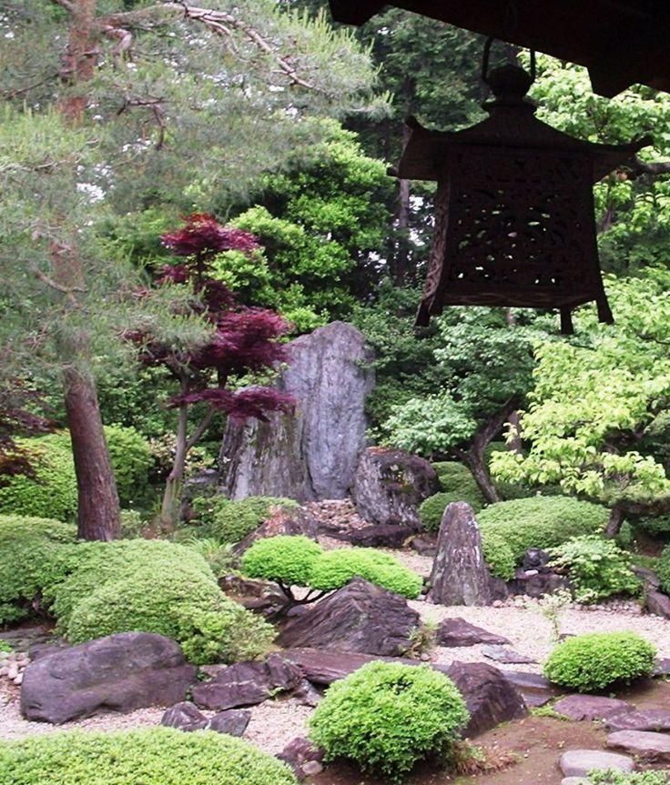 32 Backyard Rock Garden Ideas: Http://mostbeautifulgardens.com