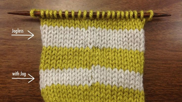 knitting stripes in the round with less visible jumps between color changes