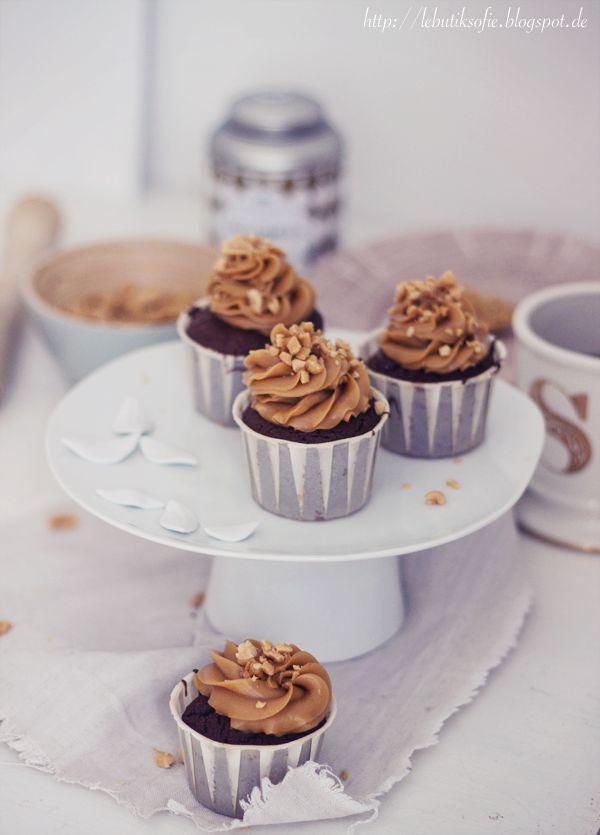 butiksofie: Erdnuss-Schoko-Karamell-Cupcakes