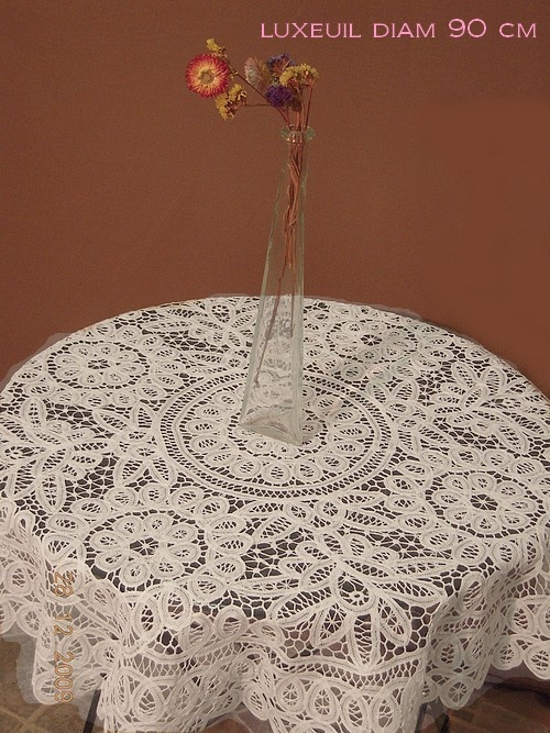 """Luxeuil lace - a type of Brussels or Battenberg """"tape lace"""""""