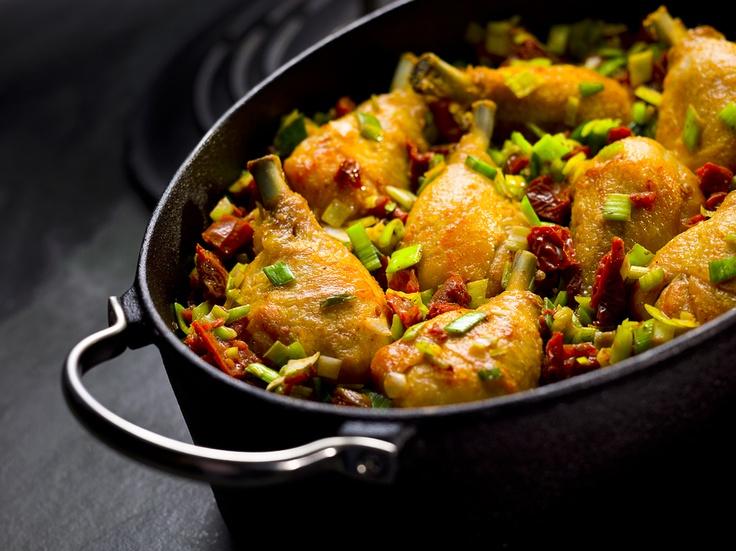 Podudzie kurczaka z pomidorami i porami - Kuchnia Lidla #lidl #przepis #kurczak