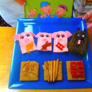 Three little pigs snack!